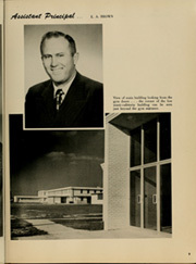 Page 15, 1953 Edition, Istrouma High School - Pow Wow Yearbook (Baton Rouge, LA) online yearbook collection