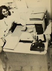 Page 16, 1971 Edition, Hahnemann Hospital School of Nursing - Hahnoscope Yearbook (Philadelphia, PA) online yearbook collection