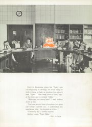 Page 17, 1943 Edition, Edwardsville High School - Tiger Yearbook (Edwardsville, IL) online yearbook collection
