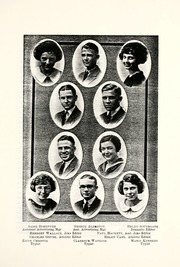 Page 17, 1922 Edition, Arthur Hill High School - Legenda Yearbook (Saginaw, MI) online yearbook collection
