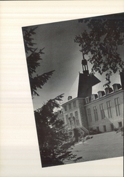 Page 12, 1952 Edition, Saint Marys College - Blue Mantle Yearbook (Notre Dame, IN) online yearbook collection