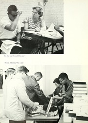 Page 10, 1962 Edition, Kalamazoo College - Boiling Pot Yearbook (Kalamazoo, MI) online yearbook collection