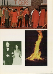 Page 11, 1971 Edition, Henderson State University - Star Yearbook (Arkadelphia, AR) online yearbook collection
