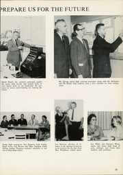 Page 19, 1962 Edition, Edison High School - Torch Yearbook (Tulsa, OK) online yearbook collection