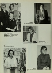 Abbot Academy - Circle Yearbook (Andover, MA) online yearbook collection, 1968 Edition, Page 22
