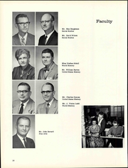 Chillicothe High School - Arrow Yearbook (Chillicothe, OH) online yearbook collection, 1962 Edition, Page 22