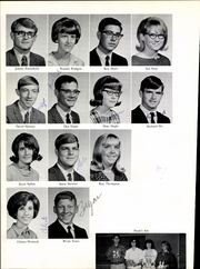 Henrietta High School - Bearcat Yearbook (Henrietta, TX) online yearbook collection, 1967 Edition, Page 32
