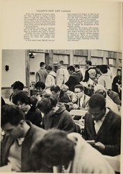 Los Angeles Valley College - Crown Yearbook (Valley Glen, CA) online yearbook collection, 1962 Edition, Page 6 of 124