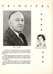 Muskegon Heights High School - Oaks Yearbook (Muskegon Heights, MI) online yearbook collection, 1945 Edition, Page 18