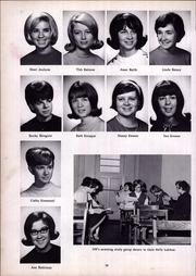 Notre Dame High School - En Dee Cue Yearbook (Quincy, IL) online yearbook collection, 1966 Edition, Page 34 of 112