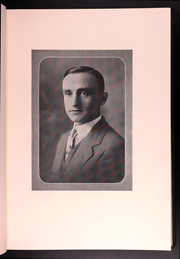 Page 15, 1932 Edition, University of Connecticut - Nutmeg Yearbook (Storrs, CT) online yearbook collection