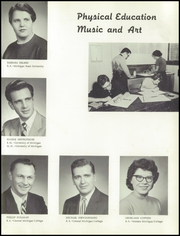 Vassar High School - Echo Yearbook (Vassar, MI) online yearbook collection, 1957 Edition, Page 11